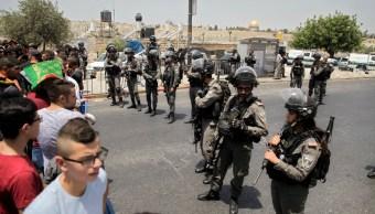 Israel limita acceso de musulmanes a santuario en Jerusalén