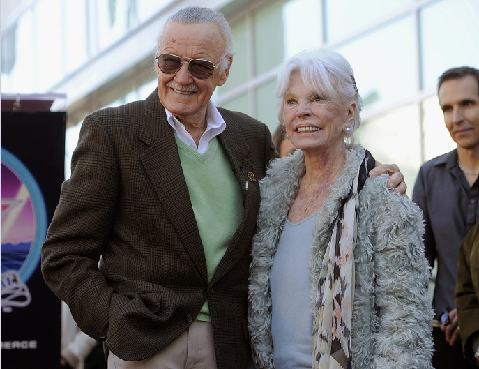 Muere, Joan Lee, esposa, Stan Lee, Marvel, comics,