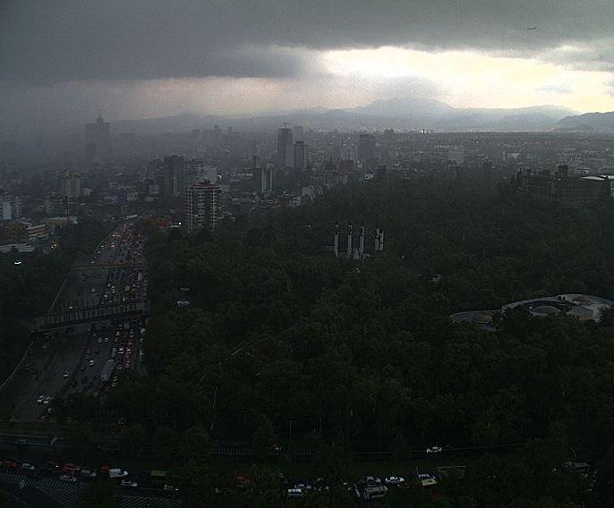 lluvia, nublado, caida granizo, piso mojado, nubes