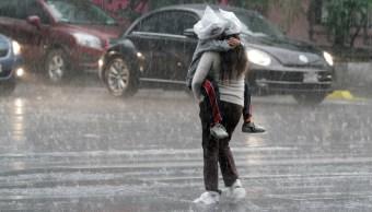 La lluvia provocó encharcamientos en la CDMX. (Notimex Archivo)