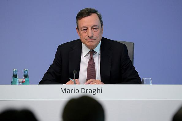 Mario Draghi, presidente del BCE, en conferencia.