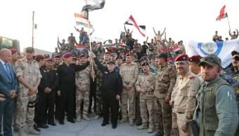 Celebran en Bagdad que fuerzas iraquíes retoman Mosul (Reuters)