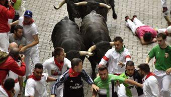 Pamplona, pamplonada, España, Miura, tauromaquia, toros, fiesta brava