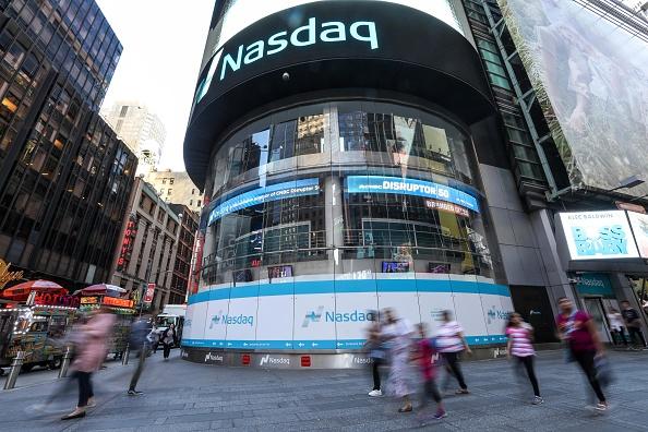 Pantalla del Nasdaq en Times Square en Manhattan