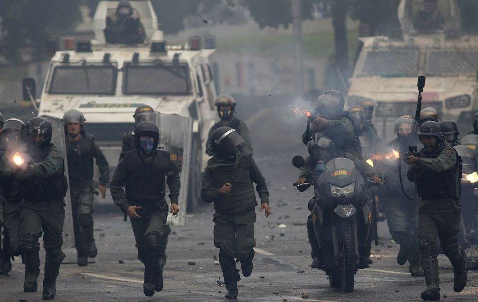 Policia Venezolana Dispersa Protesta Constituyente Caracas