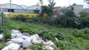 la presa becerra es utilizada como basurero clandestino