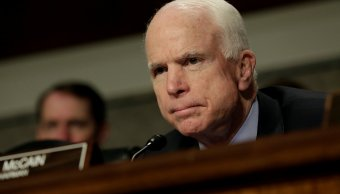 Senador republicano McCain Washington reforma salud