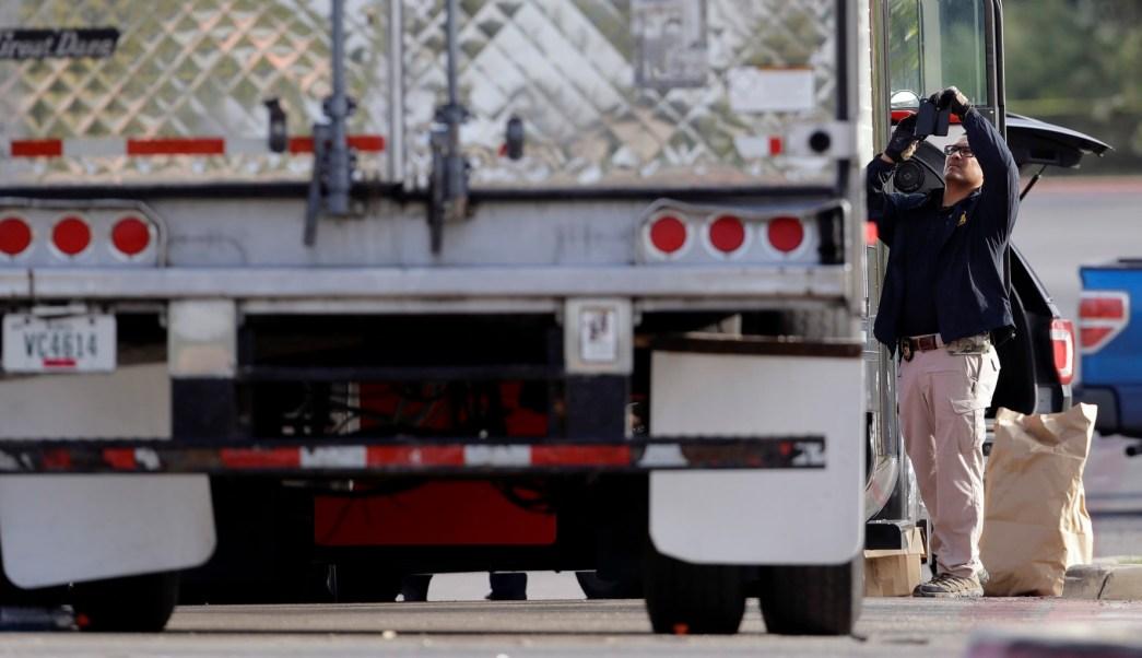 trailer abandonado con migrantes en texas