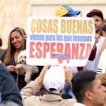 Venezolanos votan en un referéndum no oficial organizado por la oposición (Getty Images)