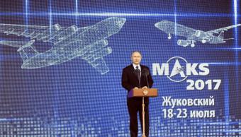Vladimir Putin inaugura Salón Internacional de Aviación y del Espacio