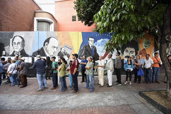 Oposición venezolana afirma que solo votó el 12% del padrón electoral