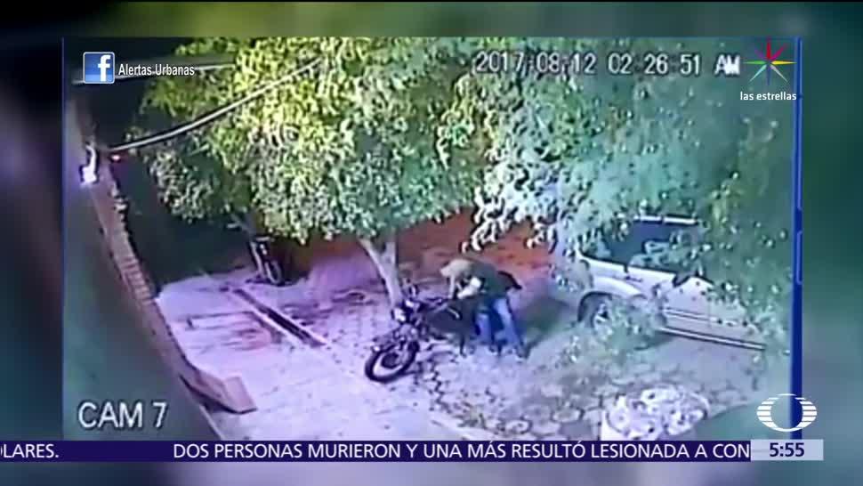 Hombre, roba, moto, Tlajomulco