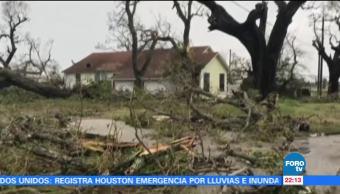 Carreteras saturadas impiden evacuación: residente de Texas