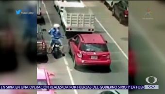 Conductor, auto, dispara, ladrones