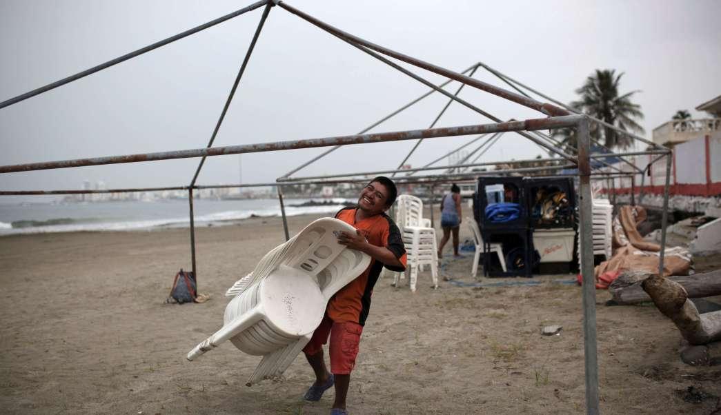 PenaNieto-extremar-precauciones-impacto-huracán-Franklin-Lluvias