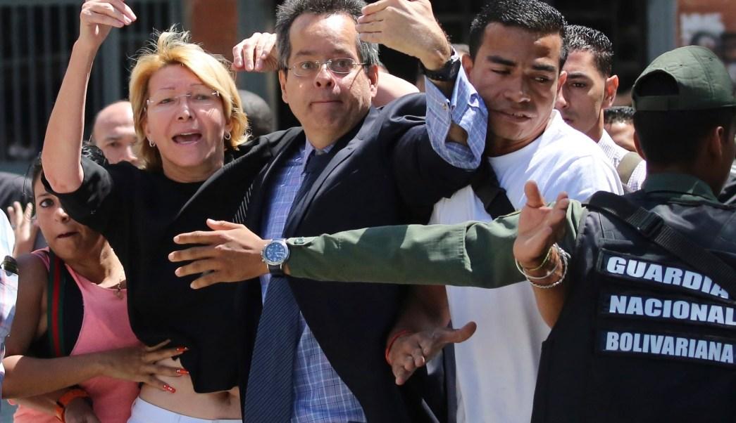 México rechaza destitución de fiscal en Venezuela