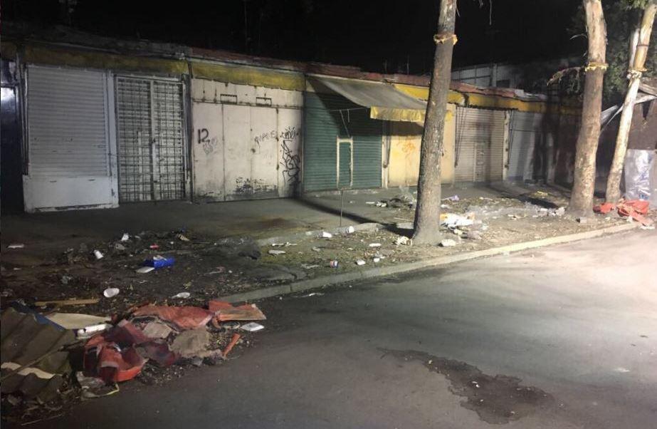 Retiran puestos fijos en calles de la ciudad de mexico