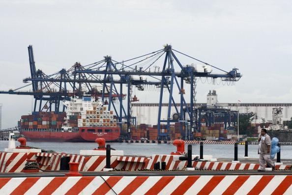 Buque de carga en Veracruz lleno de contenedores