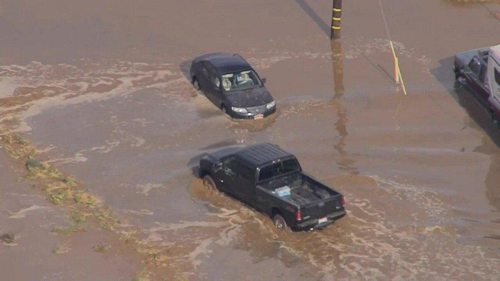 inusual fenomeno tropical causa inundaciones en california