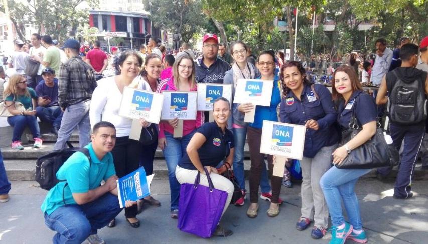 Simpatizantes a Maduro marchan en apoyo a la Asamblea Constituyente