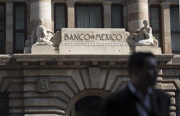 El Banco de México renueva coberturas cambiarias