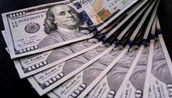El dólar se venden en 18-01 pesos