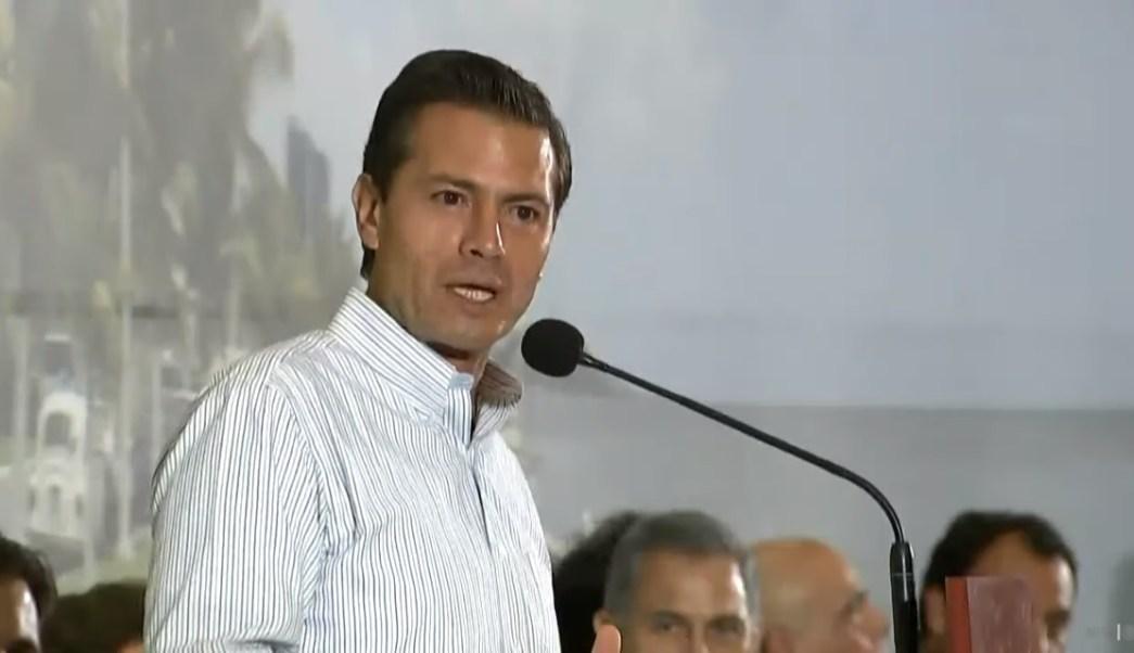 Enrique peña nieto entrega obras en la ciudad de campeche