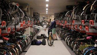 Holanda construye mayor estacionamiento bicicletas mundo