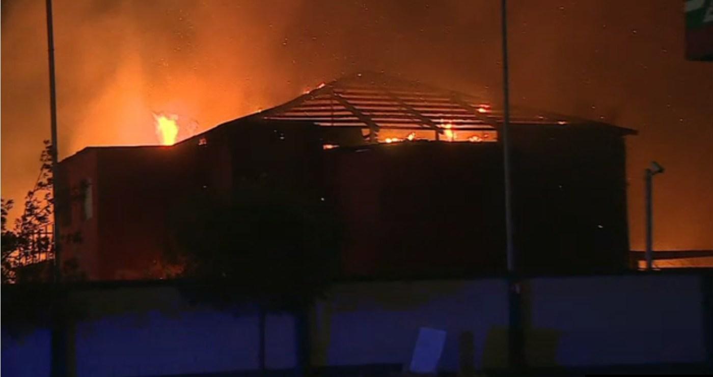 Bomberos atienden incendios en NL