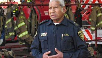 Jefe vulcano cumple 48 anos bombero