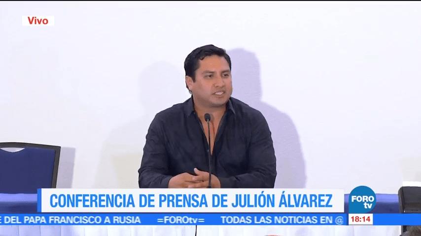 Julión Álvarez admite que conoció a Raúl Flores