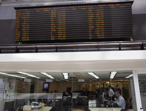 La BMV cae al igual que los mercados mundiales