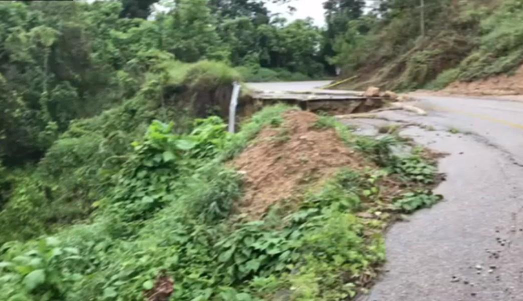 Lluvias afectan carreteras costerasa de oaxaca