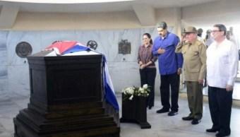 Maduro aparece sorpresivamente en Cuba durante homenaje a Fidel Castro