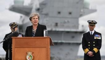 Theresa May a Trump: La extrema derecha siempre debe ser condenada