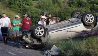 mueren cuatro personas por choque automovilistico