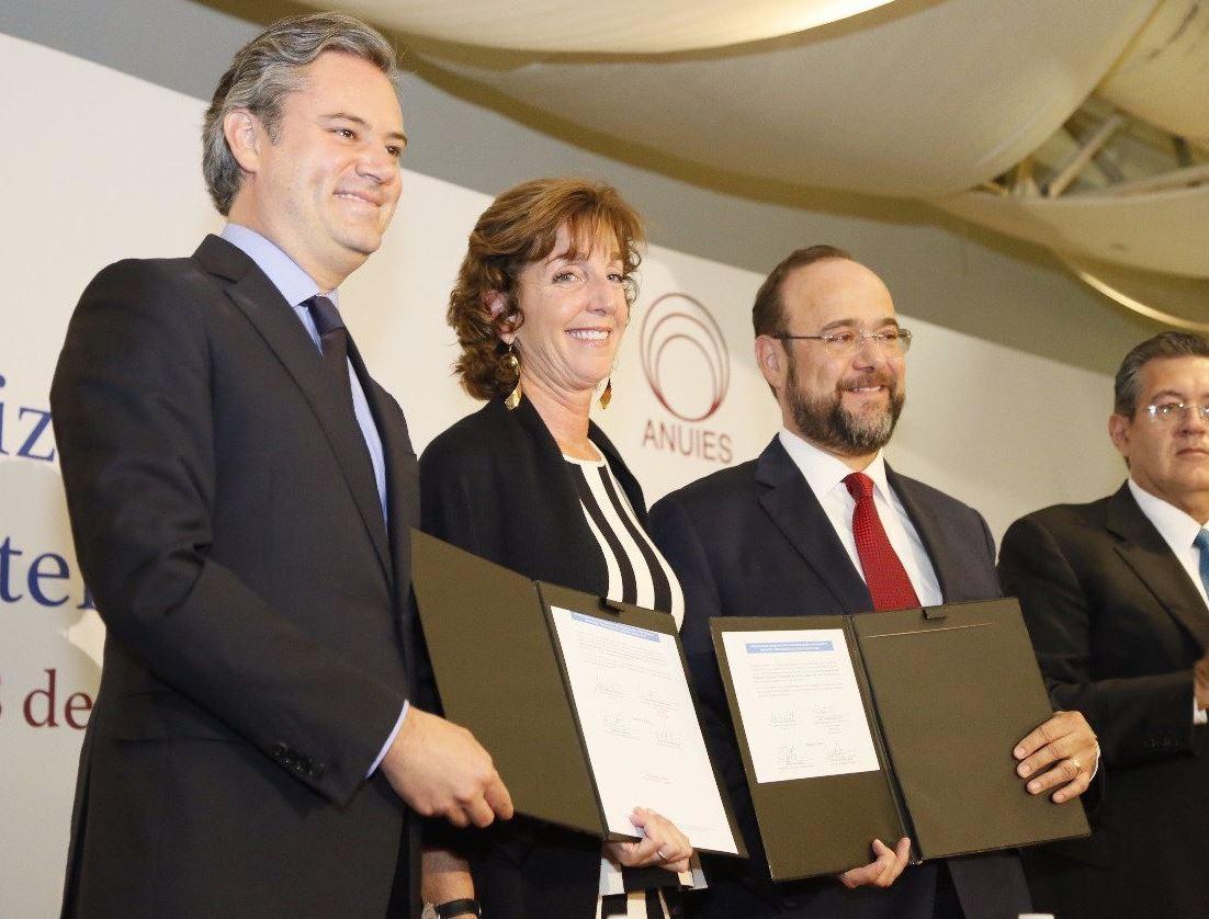 Firman convenio para profesionalización de Operadores del Sistema de Justicia Penal