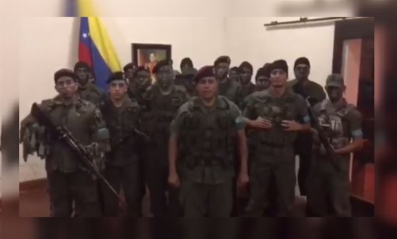 Grupo militar se subleva en Venezuela pero es reducido por el Ejercito