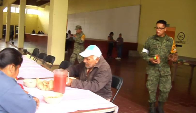 Refugio temporal habilitado en Puebla por las lluvias de la tormenta Franklin
