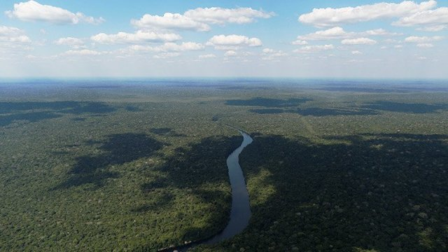 Temer frena decreto que entregaba mineras reserva amazonia