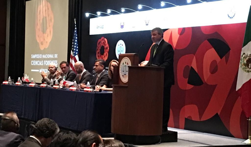 Simposio Nacional de Ciencias Forenses en México