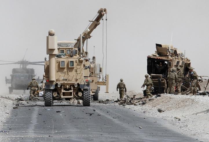 tropas blindado otan ataque kandahar afganistan
