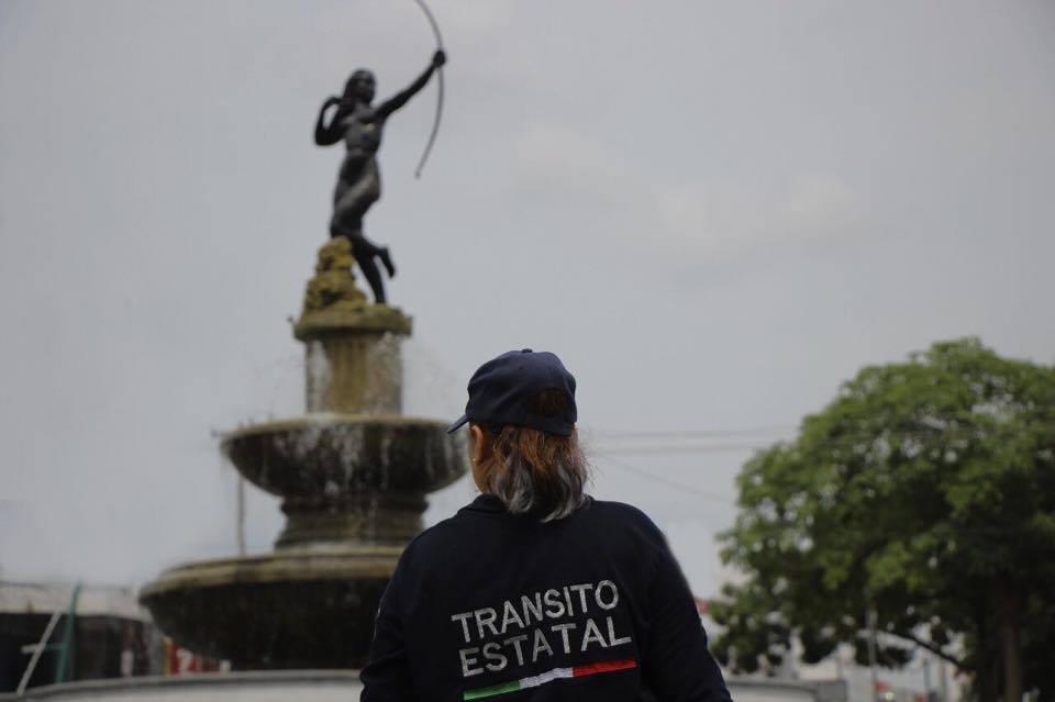 Isabel policía de tránsito y luchadora en Chiapas
