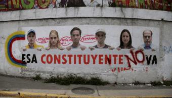 Un cartel muestra rechazo a la Asamblea Constituyente