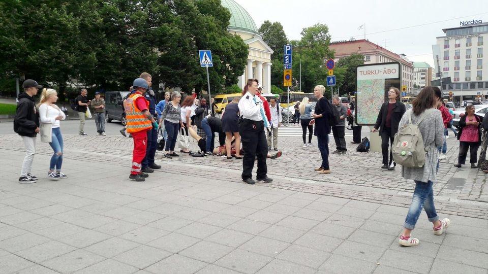 apuñalan a varias personas en turku, finlandia
