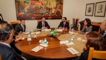 Luis Videgaray evalúa situación en Venezuela con funcionarios