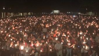 Miles realizan vigilia actos violentos Charlottesville