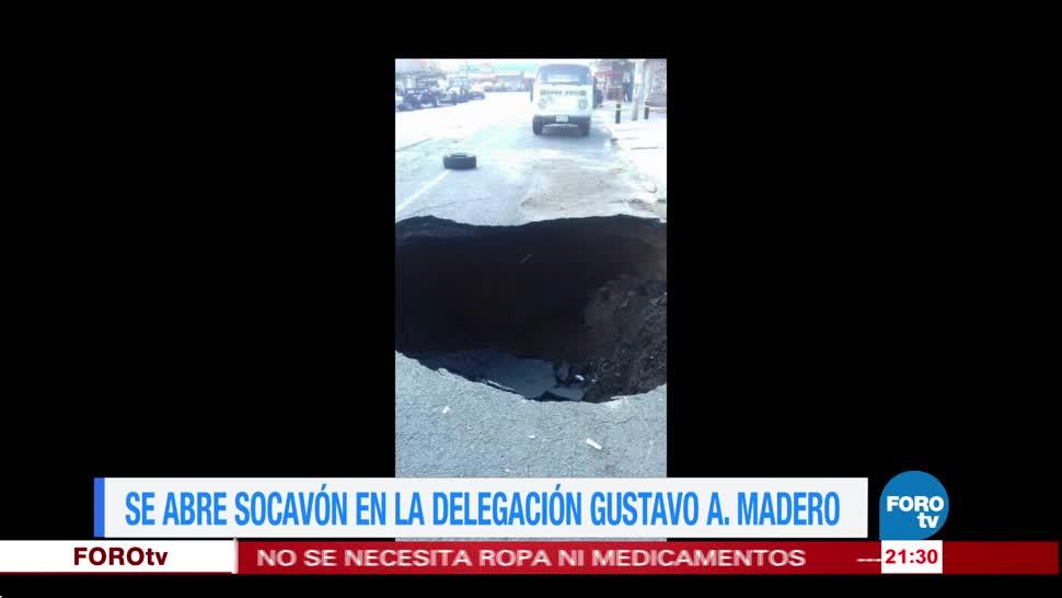 Se abre socavón en la delegación Gustavo A. Madero
