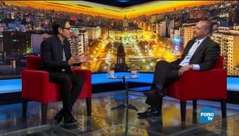 Genaro Lozano entrevista a Horacio Vives