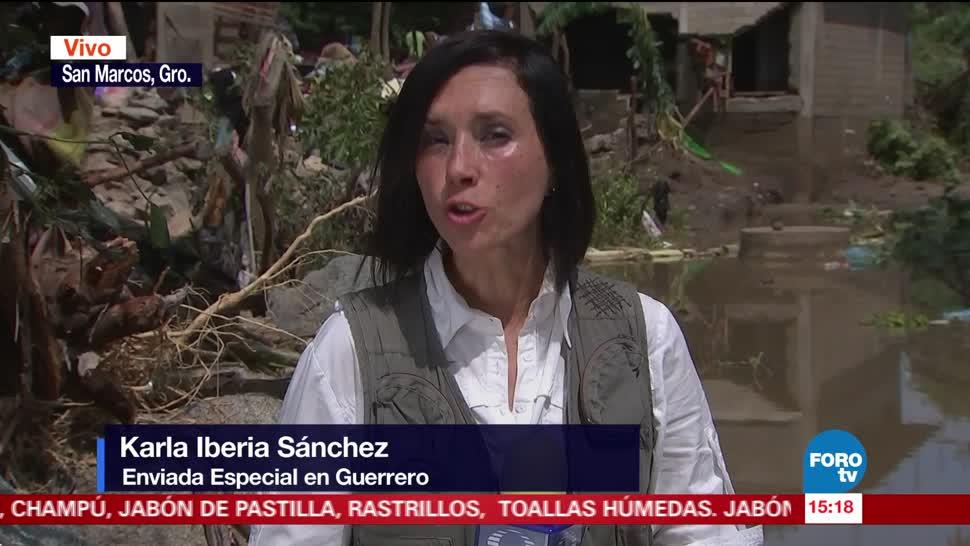 Karla Iberia Sánchez recorre zonas afectadas por Max en Guerrero